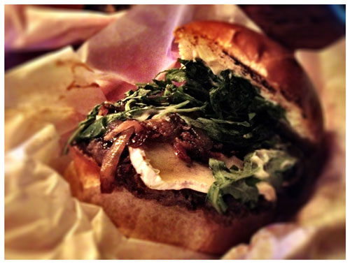 Winghart's Shipwrecked Burger, Photo by Jenny MacBeth